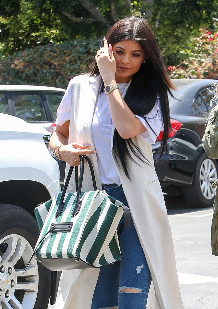 Kylie-Jenner-Celine-Phantom-Luggage-Tote