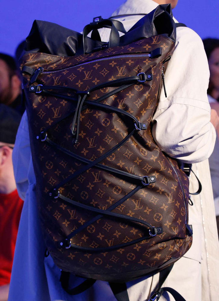 Louis-Vuitton-Spring-2016-Men's-Bags-19