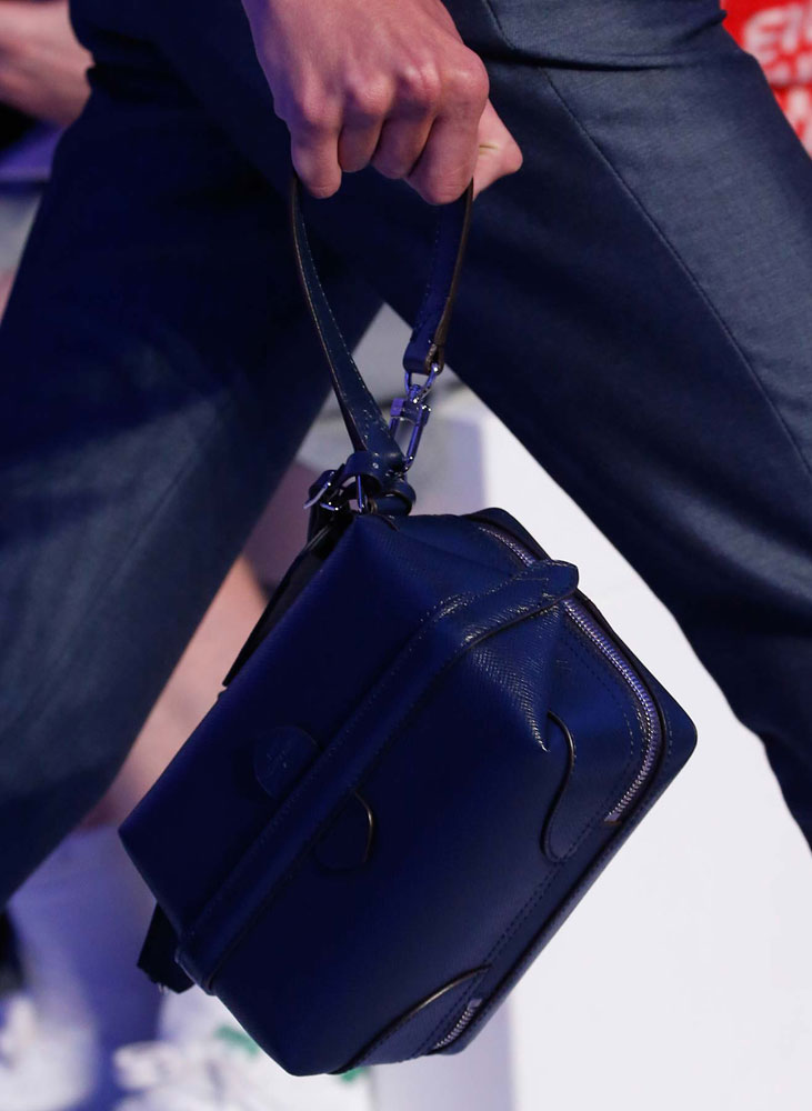 Louis-Vuitton-Spring-2016-Men's-Bags-2