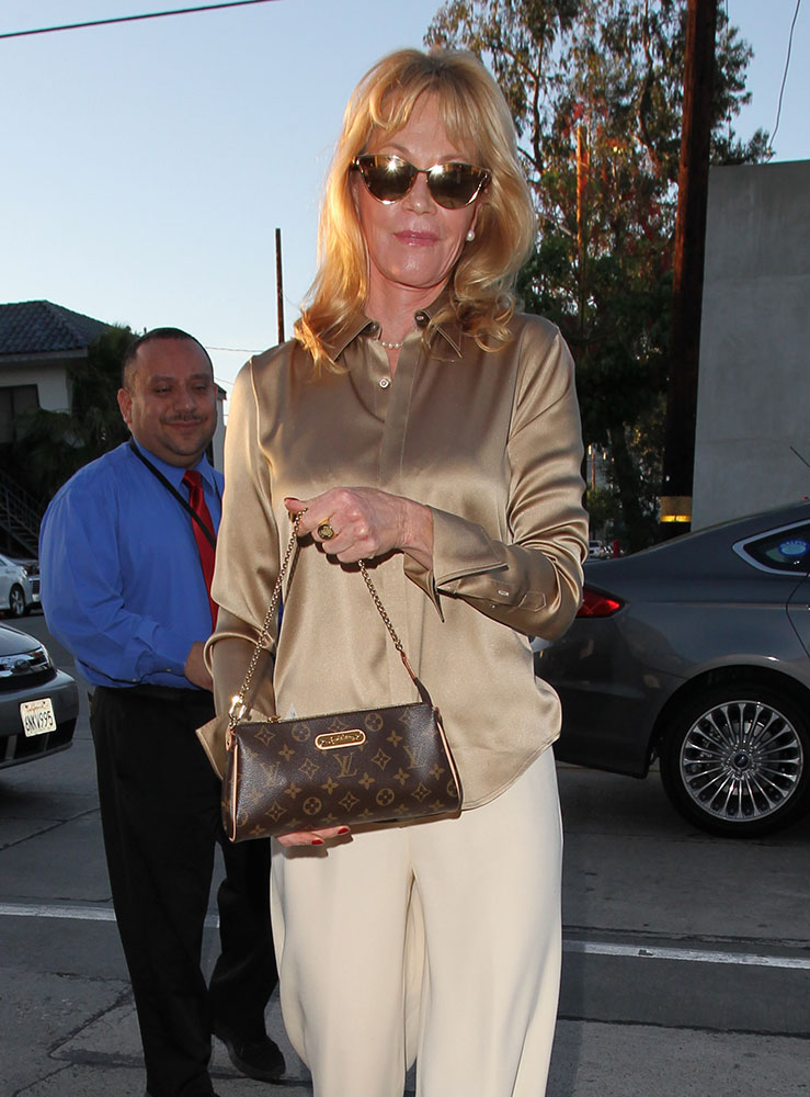 75  pics that prove craig u0026 39 s restaurant has the best celeb bag-spotting in los angeles
