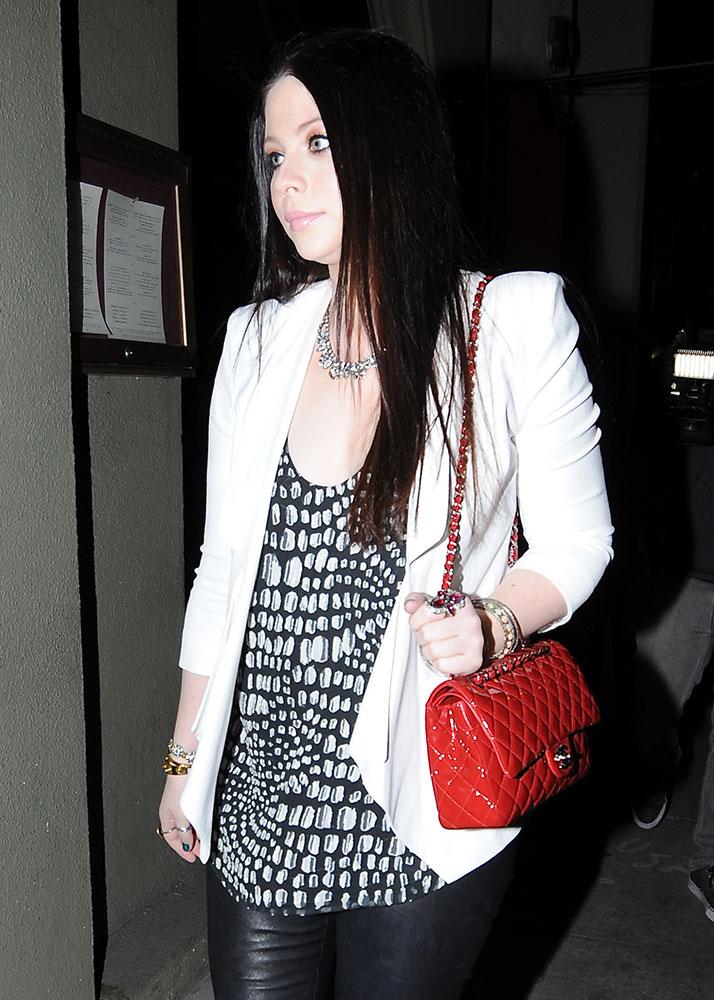 Michelle-Trachtenberg-Chanel-Classic-Flap-Bag
