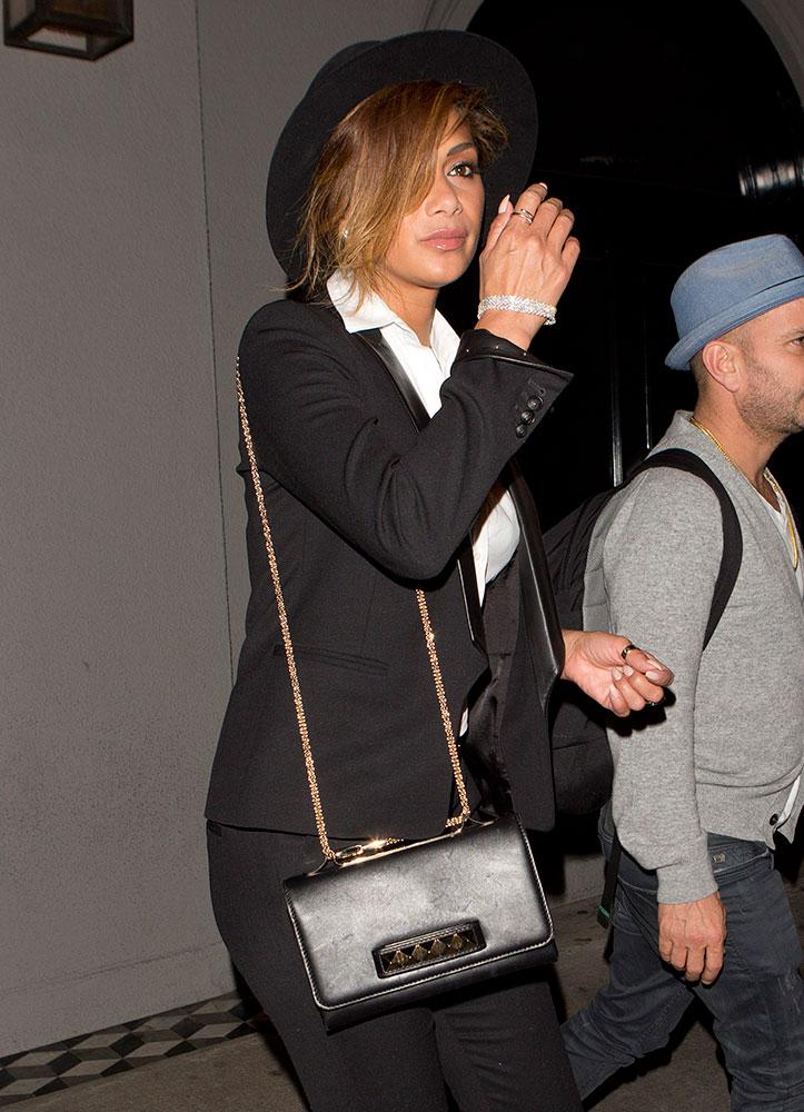 Nicole-Scherzinger-Valentino-VaVaVoom-Shoulder-Bag