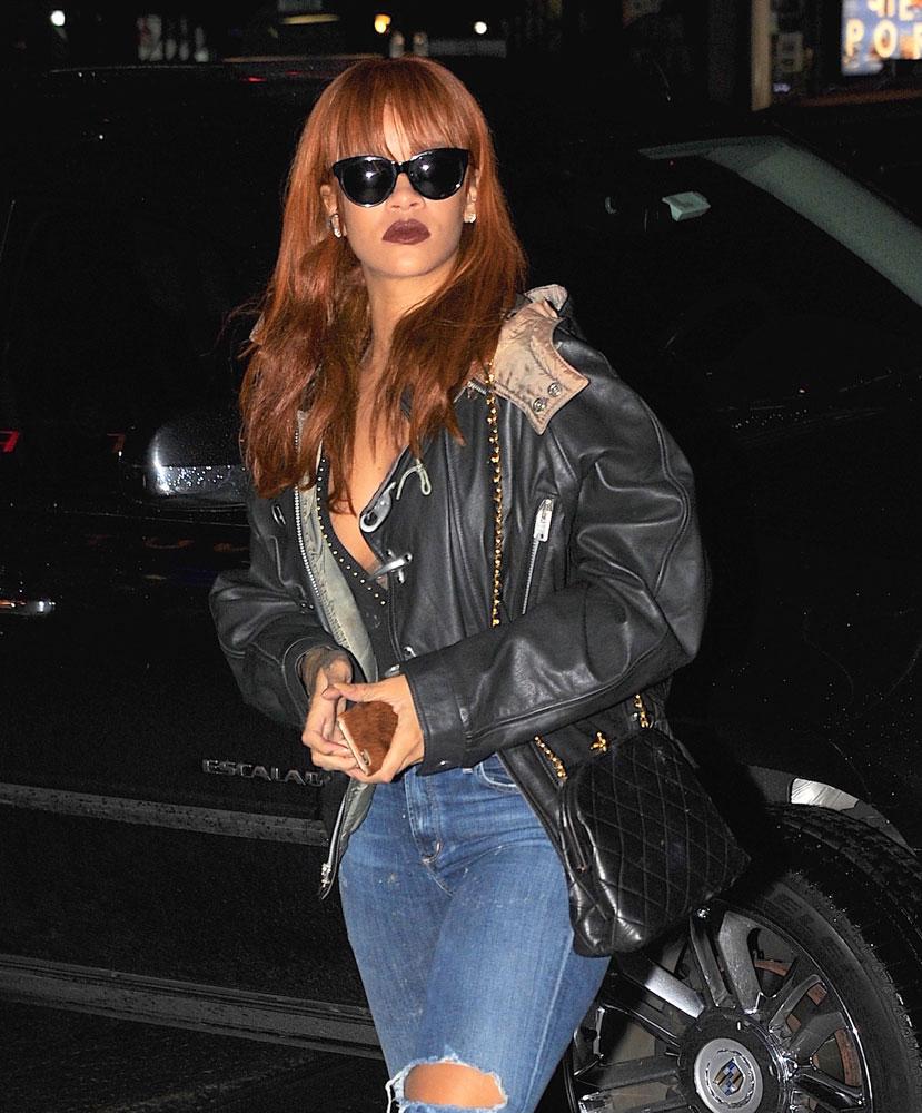 Rihanna-Chanel-Vintage-Frame-Bag