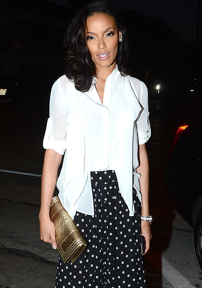 Selita-Ebanks-Chanel-Boy-Python-Clutch