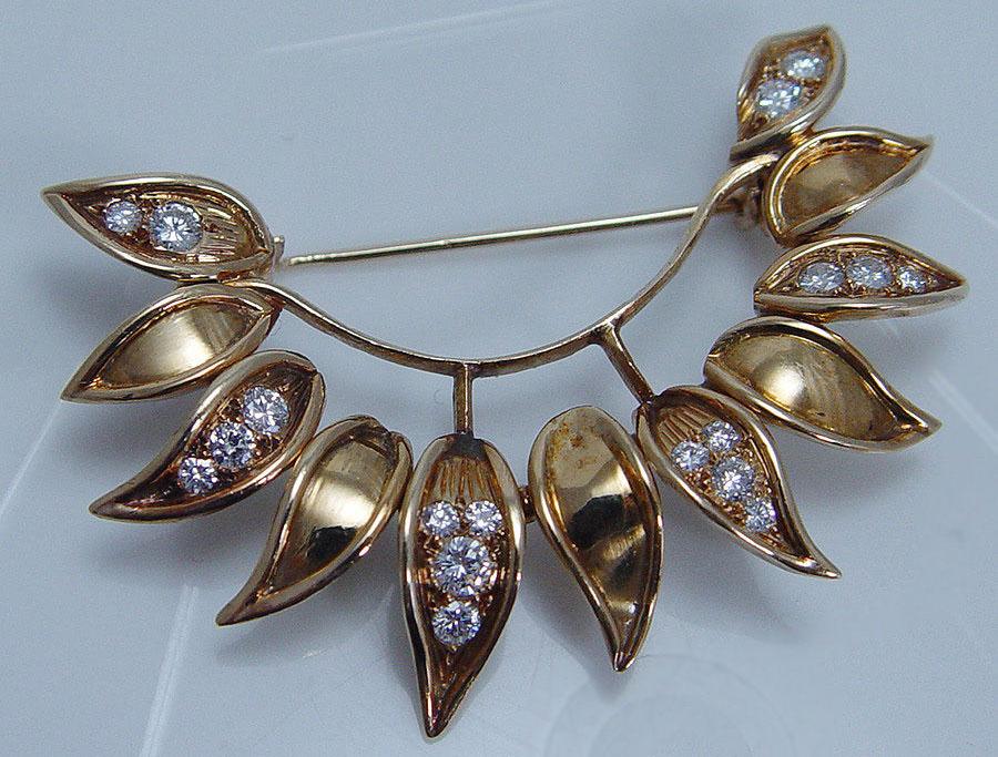 Van-Cleef-and-Arpels-Vintage-Diamond-Brooch