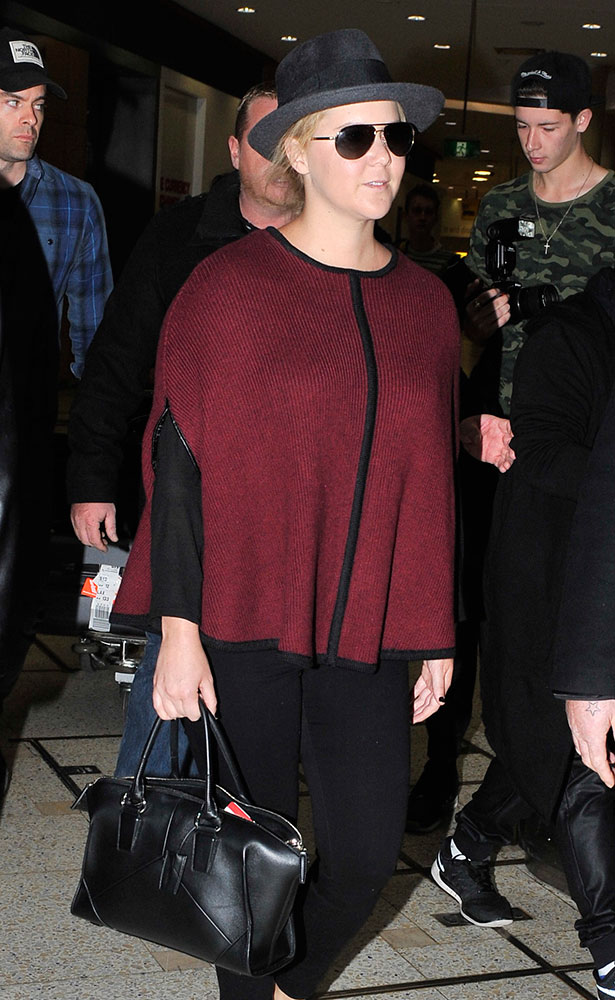 Amy-Schumer-Narciso-Rodriguez-Trapezoidal-Duffel