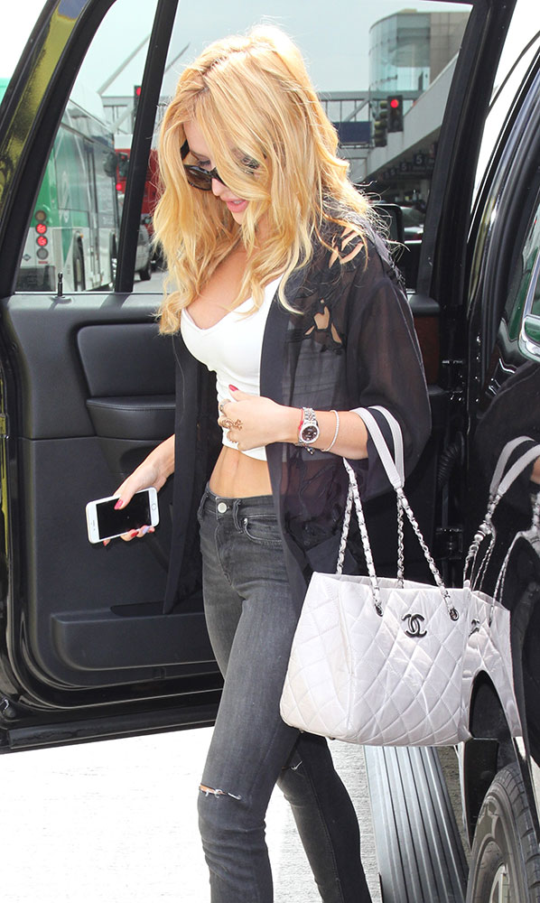 Bella-Thorne-Chanel-Quilted-Tote