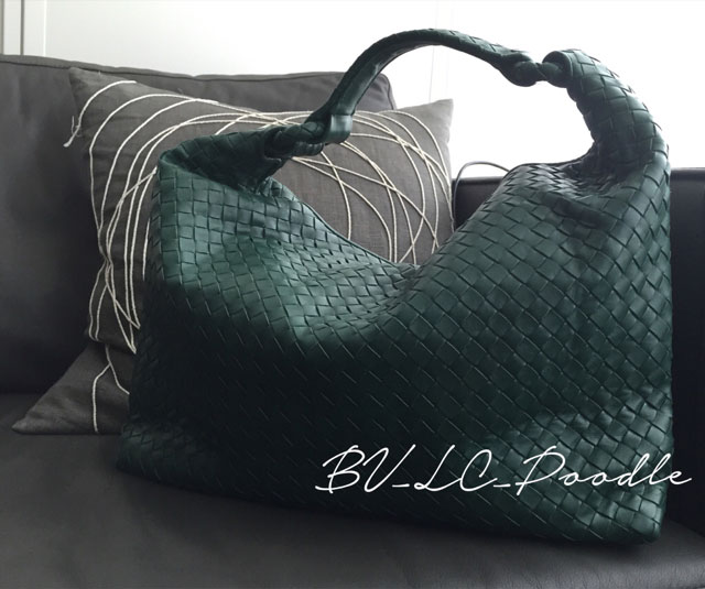 Bottega-Veneta-Ball-Hobo