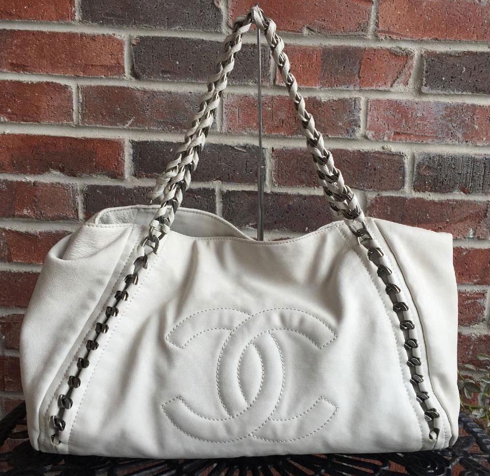 Chanel-Modern-Chain-Tote