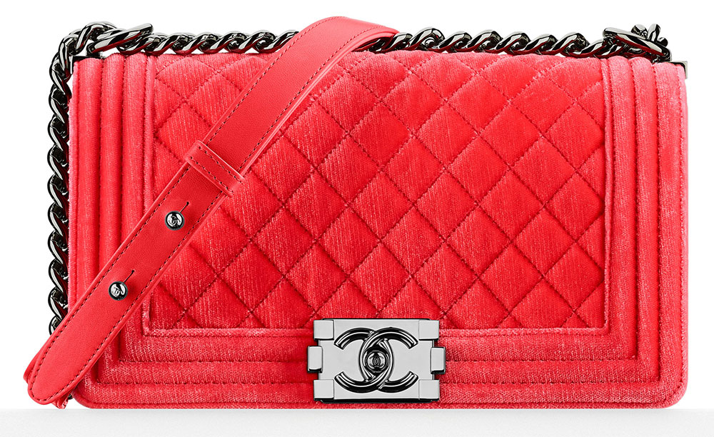 48dbbaf63e7d2d Check Out Chanel's Fall 2015 Pre-Collection Bags and Prices, In ...
