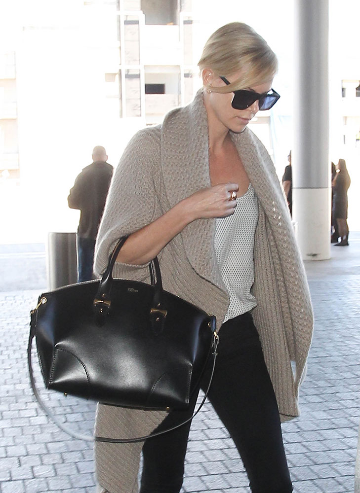 Charlize-Theron-Alexander-McQueen-Legend-Bag