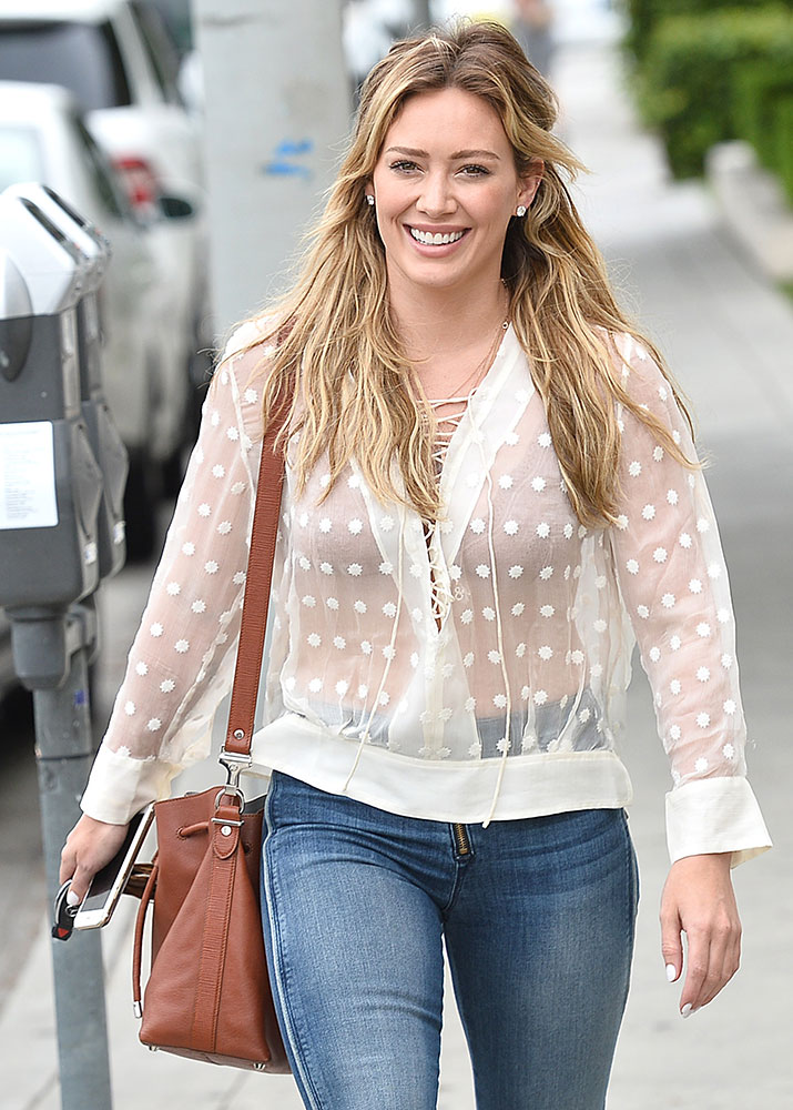Hilary-Duff-Proenza-Schouler-Bucket-Bag
