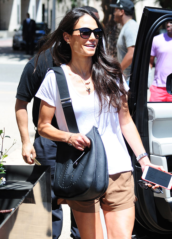 Jordana-Brewster-Hermes-Evelyn-Bag