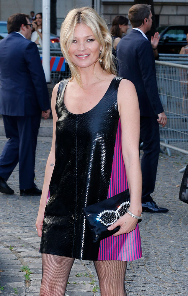 Kate-Moss-Miu-Miu-Clutch