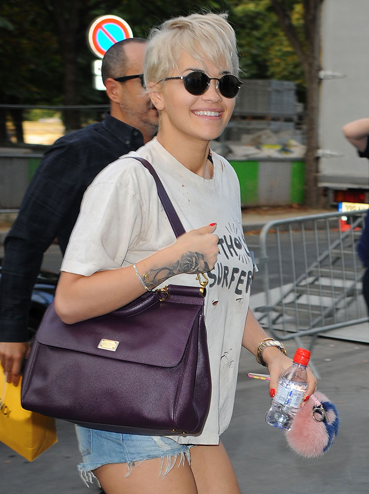 Rita-Ora-Dolce-and-Gabbana-Sicily-Bag