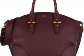 Color Story: 20 Beautiful Burgundy Bags for Fall