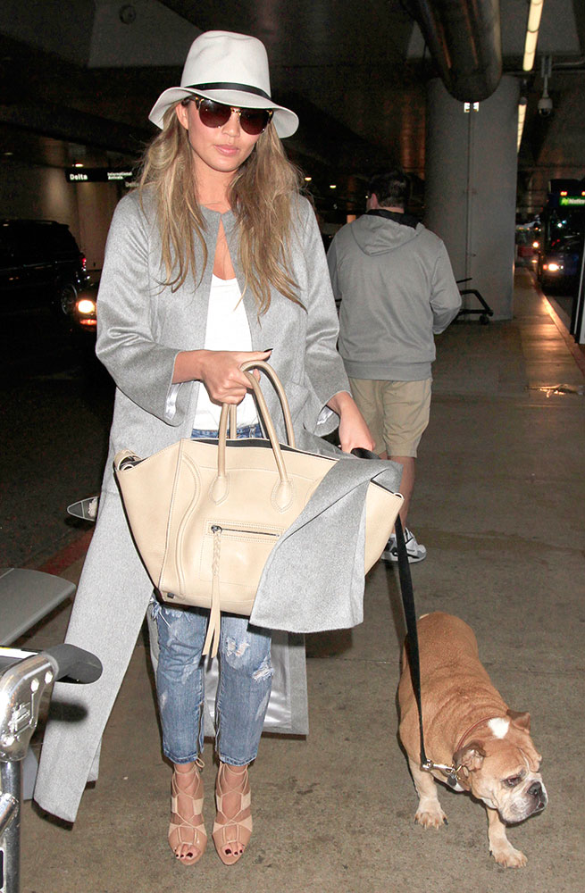Chrissy-Teigen-Celine-Phantom-Luggage-Tote-Beige