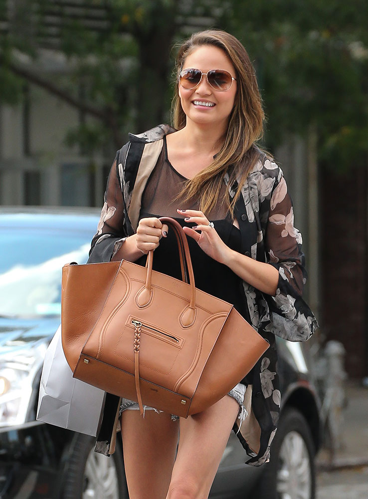 Chrissy-Teigen-Celine-Phantom-Luggage-Tote-Brown