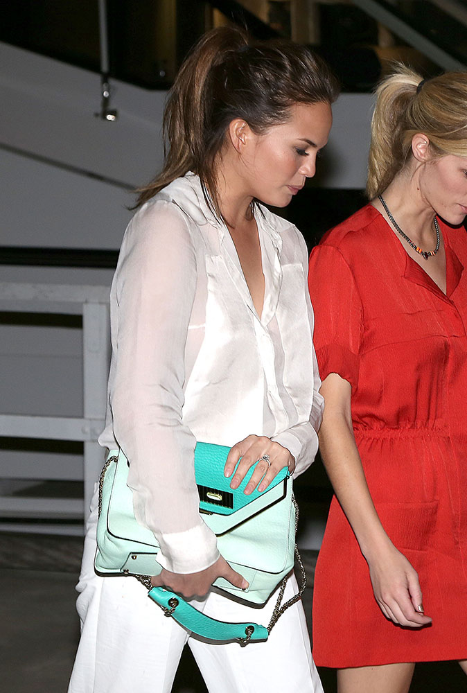 Chrissy-Teigen-Chloe-Sally-Bag