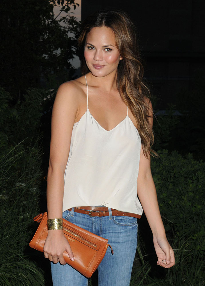 Chrissy-Teigen-Coach-Legacy-Clutch
