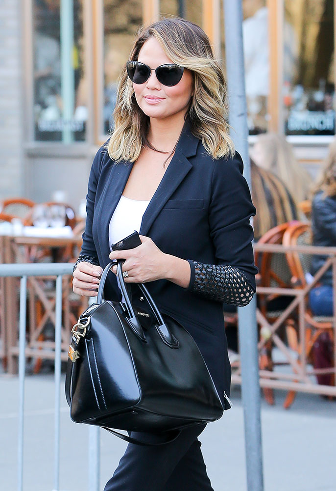 Chrissy-Teigen-Givenchy-Antigona-Bag-Black