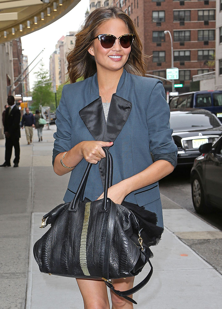 Chrissy-Teigen-Ostrich-Bag
