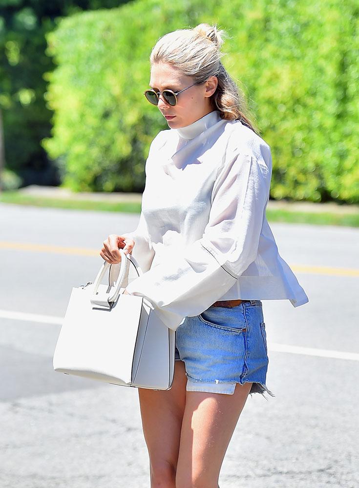 0bc6acf515e3 Celebs Love Louis Vuitton   Fendi Bags This Week