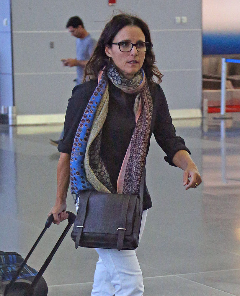 Julia-Louis-Dreyfus-Hermes-Steve-Messenger-Bag