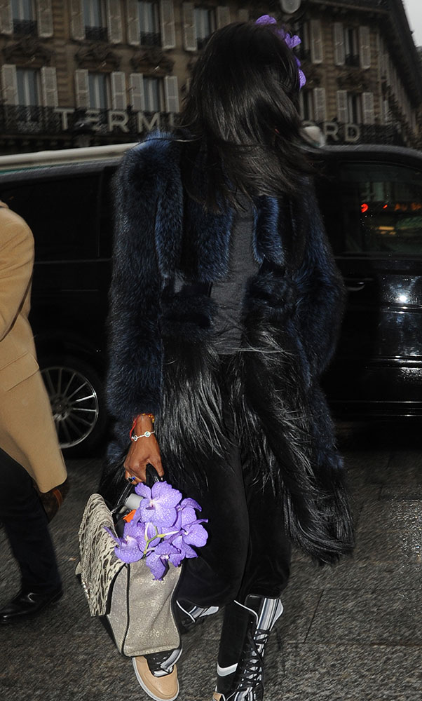 Naomi-Campbell-Givenchy-Obsedia-Bag