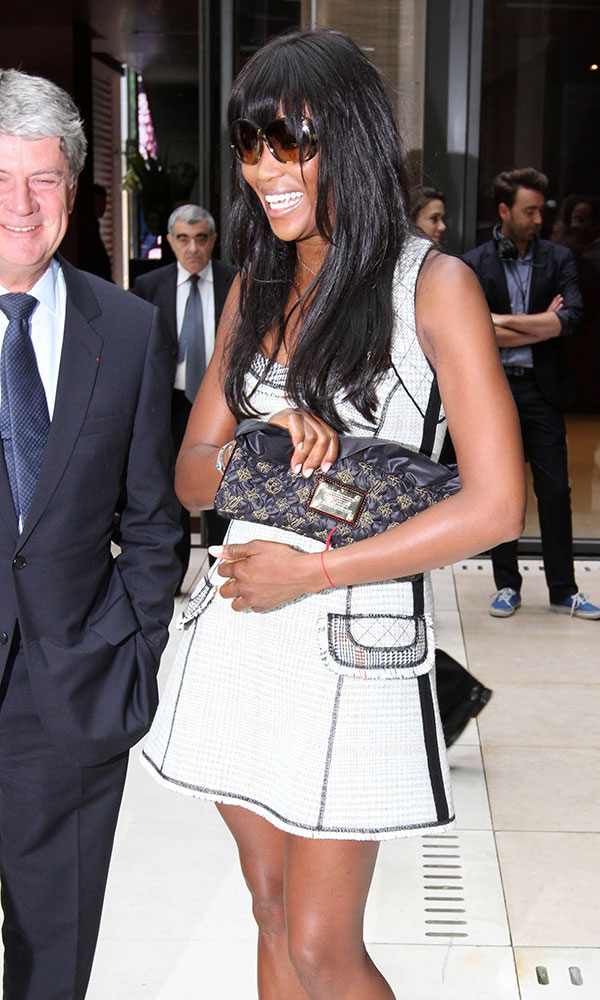 Naomi-Campbell-Louis-Vuitton-Quilted-Silk-Monogram-Clutch