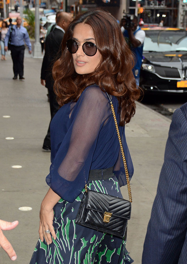 Salma-Hayek-Saint-Laurent-High-School-Shoulder-Bag