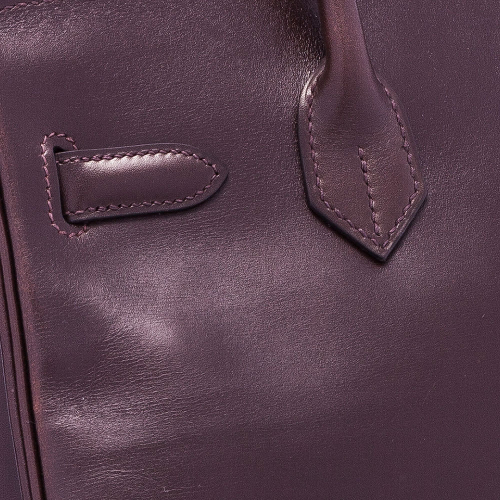 Hermes-Box-Calf-Leather-Closeup-Swatch