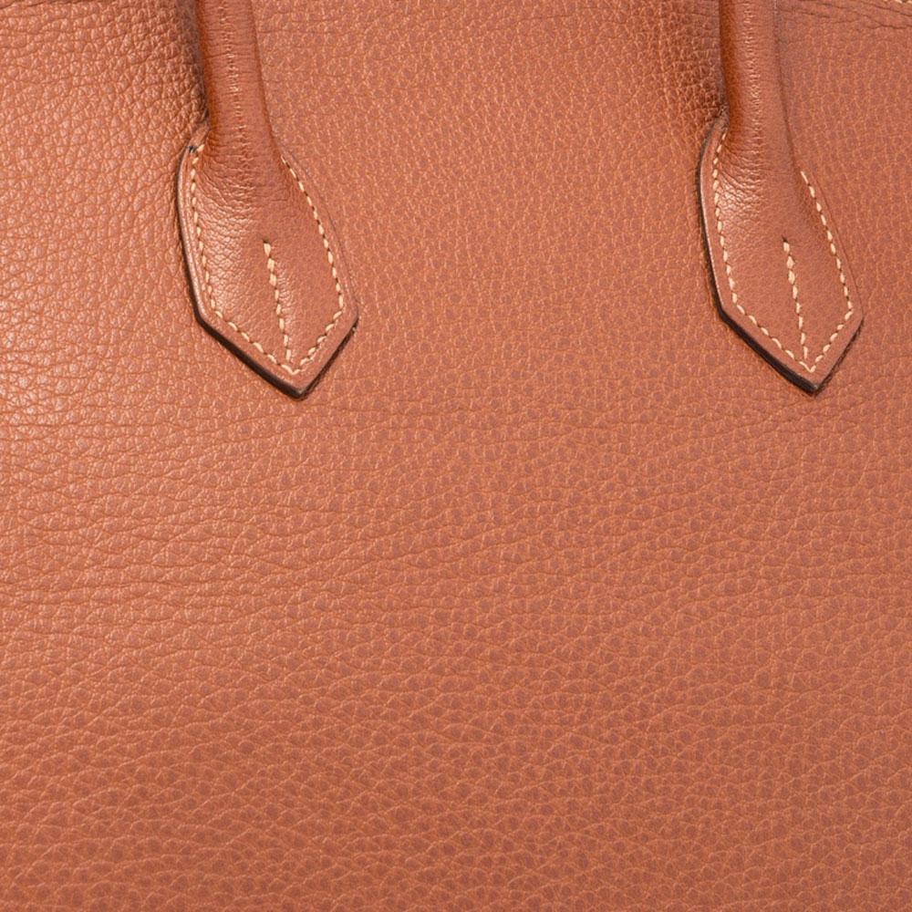 Hermes-Buffalo-Leather-Closeup-Swatch