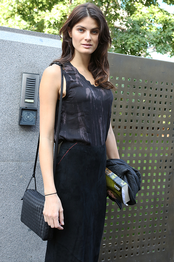 Isabeli-Fontana-Bottega-Veneta-Veneta-Small-Crossbody-Bag