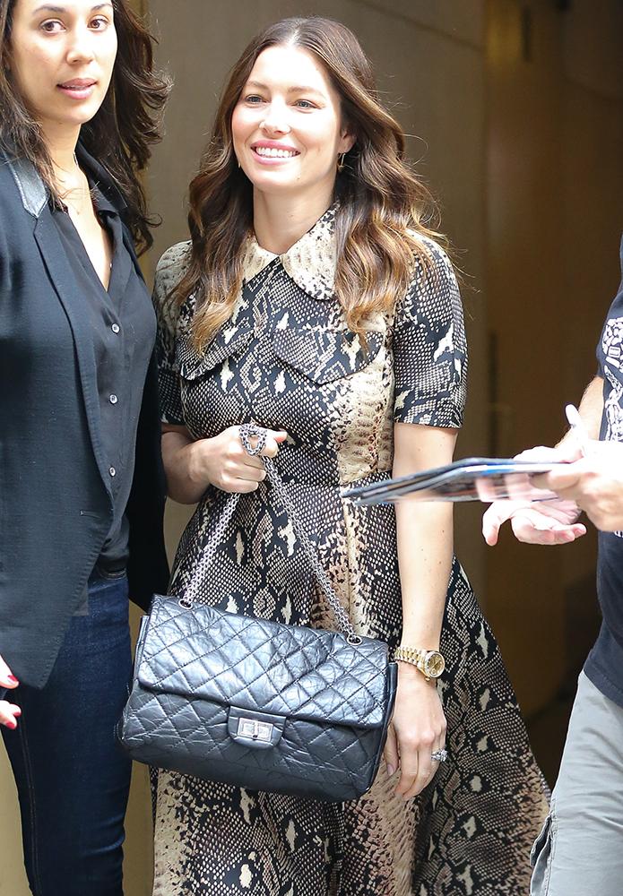 Jessica-Biel-Chanel-2.55-Flap-Bag