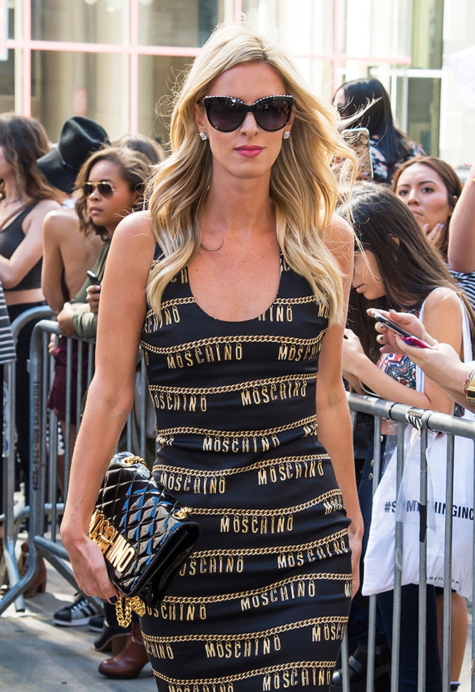 Nicky-Hilton-Moschino-Logo-Shoulder-Bag