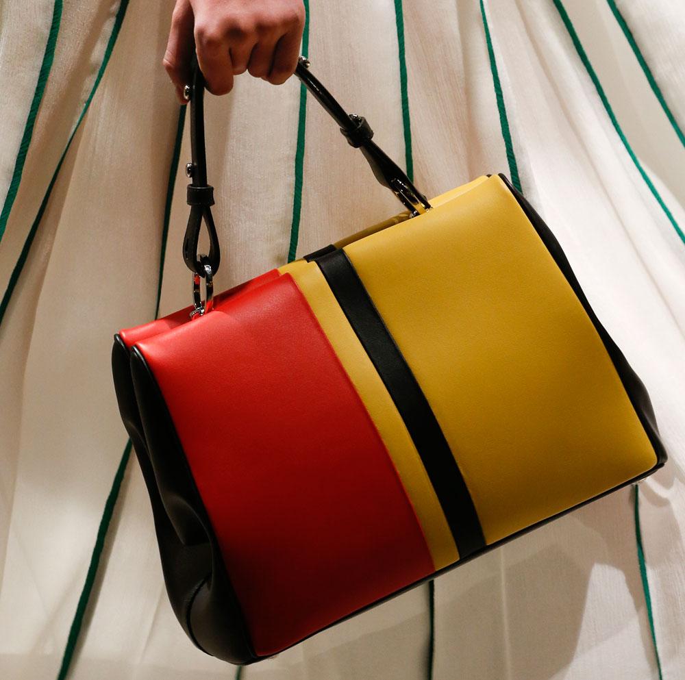 The 25 Best Bags of Milan Fashion Week Spring 2016 - PurseBlog 4b903eaf0fec5