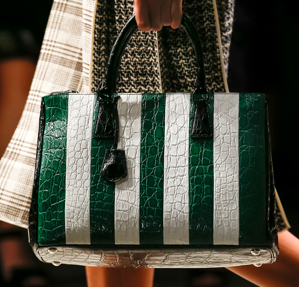 Prada-Spring-2016-Handbags-5