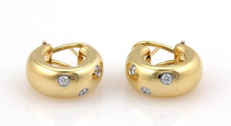 Tiffany-Etoile-Diamond-and-Gold-Earrings