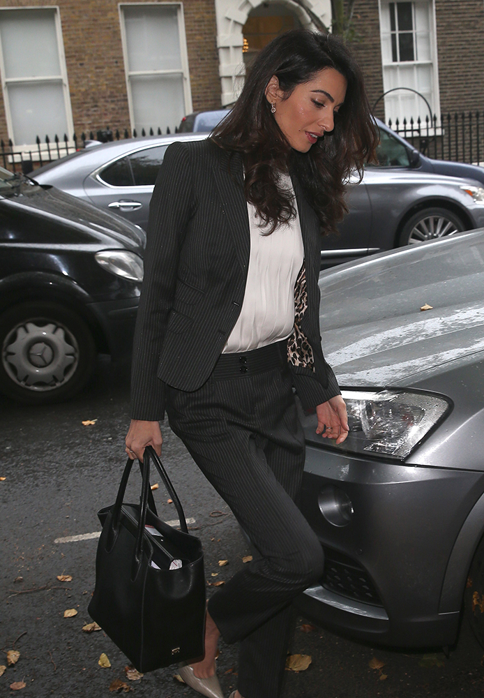 Amal-Clooney-Dolce-and-Gabbana-Last-Minute-Bag