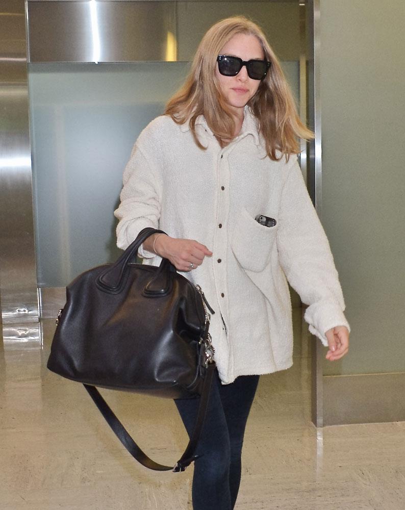 cad8640e99c2 Amanda-Seyfried-Givenchy-Nightingale-Bag