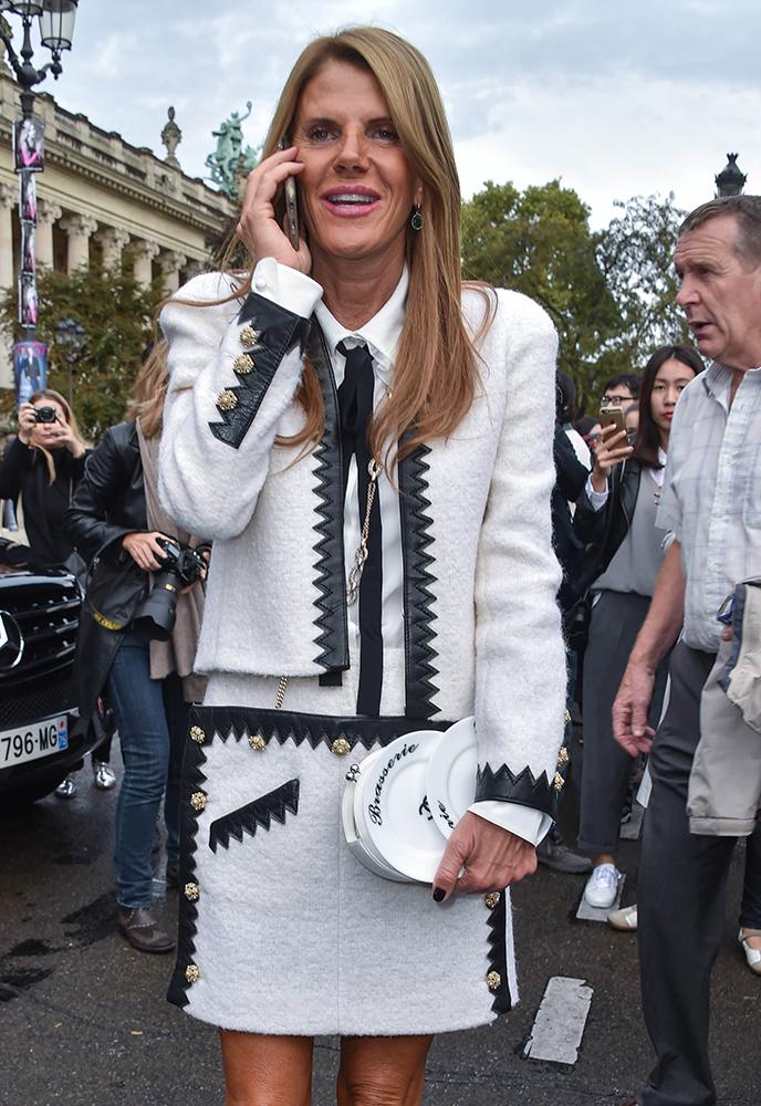 Anna-Dello-Russo-Chanel-Brasserie-Plate-Clutch