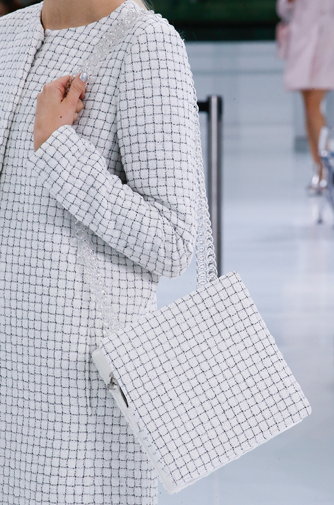 Chanel-Spring-2016-Bags-18