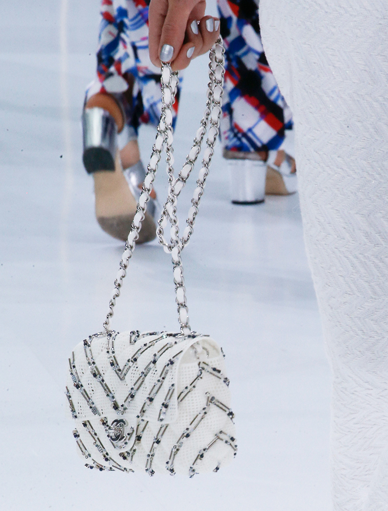 Chanel-Spring-2016-Bags-33