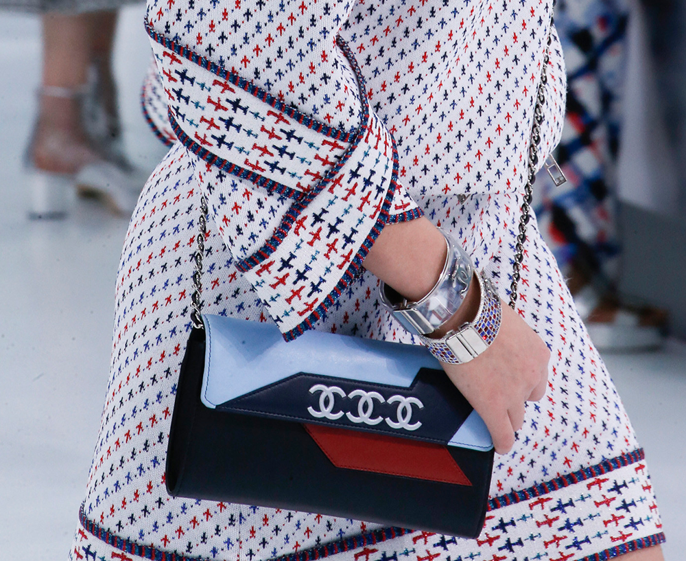 Chanel-Spring-2016-Bags-8