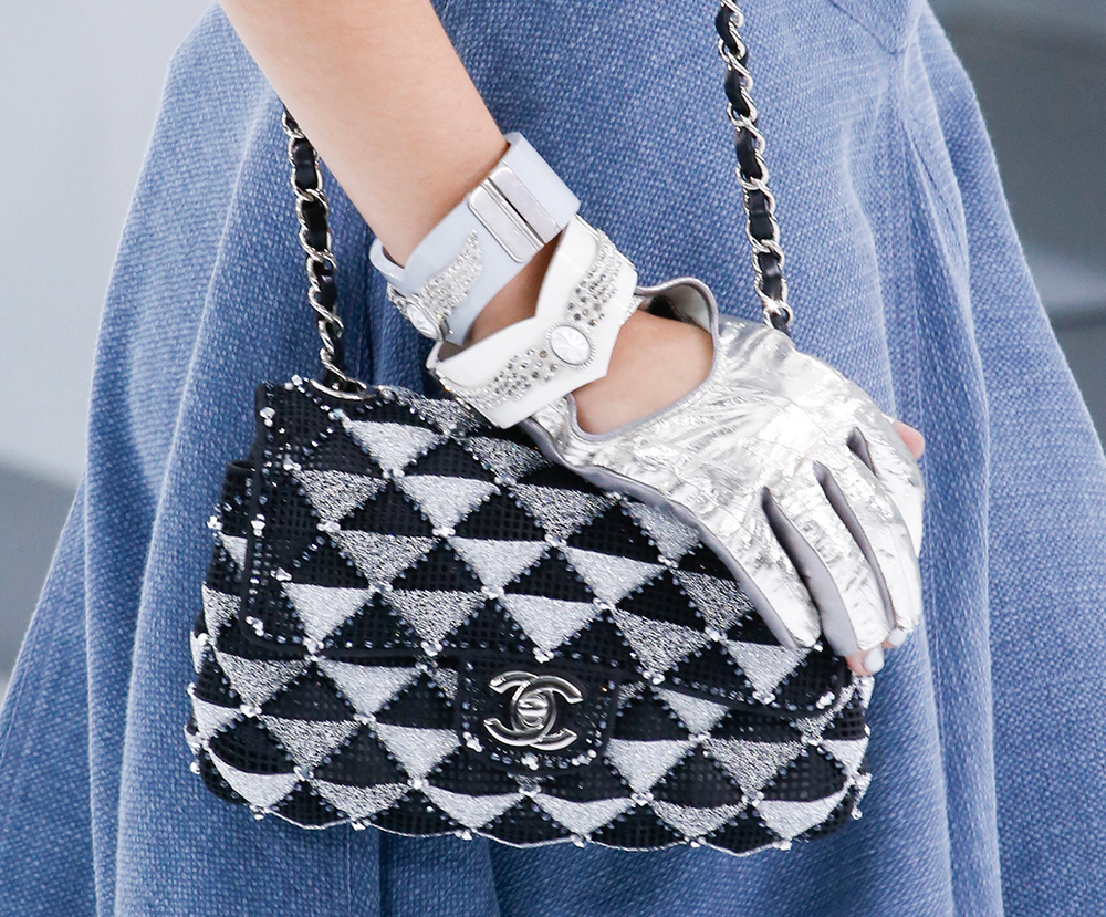 Chanel-Spring-2016-Bags-9