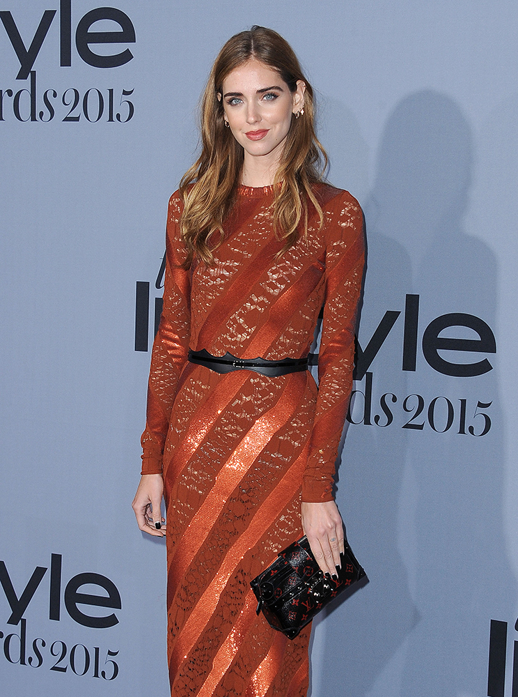 Chiara-Ferragni-Louis-Vuitton-Petite-Malle-Monogram-Infrarouge-Clutch