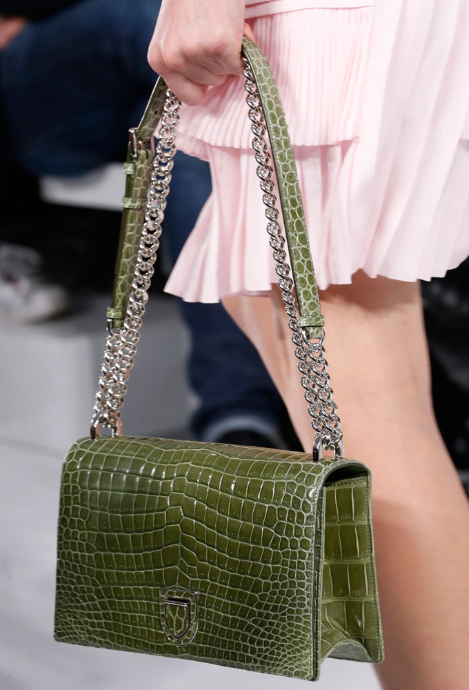 Christian-Dior-Spring-2016-Bags-28