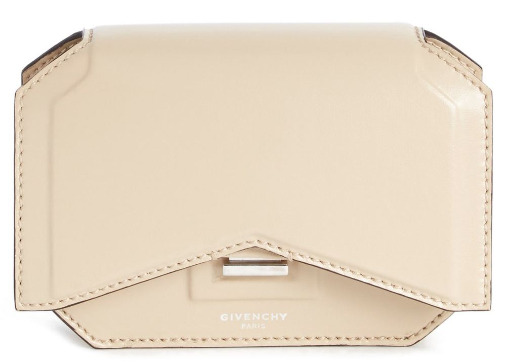 Givenchy-New-Line-Bow-Cut-Chain-Wallet-Ivory