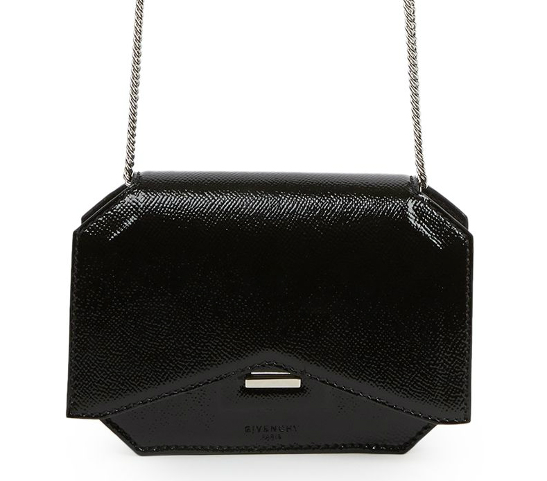 Givenchy-New-Line-Bow-Cut-Wallet-on-Chain-Bag